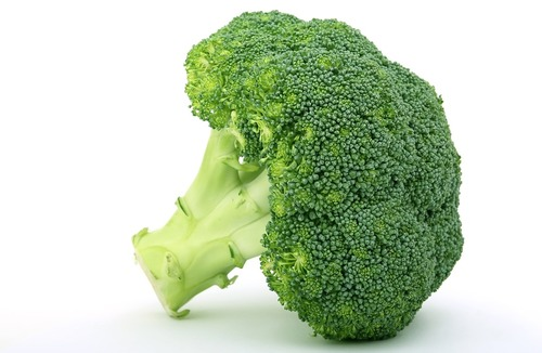 Big is raw broccoli bad for you