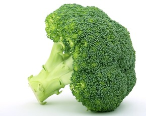 Thumb is raw broccoli bad for you