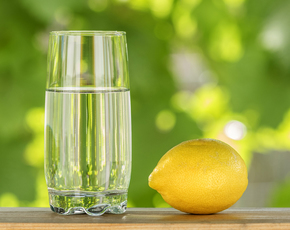 Thumb is lemon water bad for you