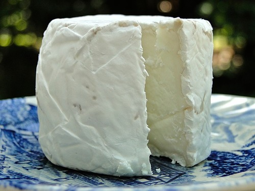 Big is goat cheese bad for you 2