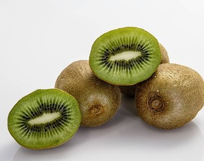 Thumb are kiwis bad for you